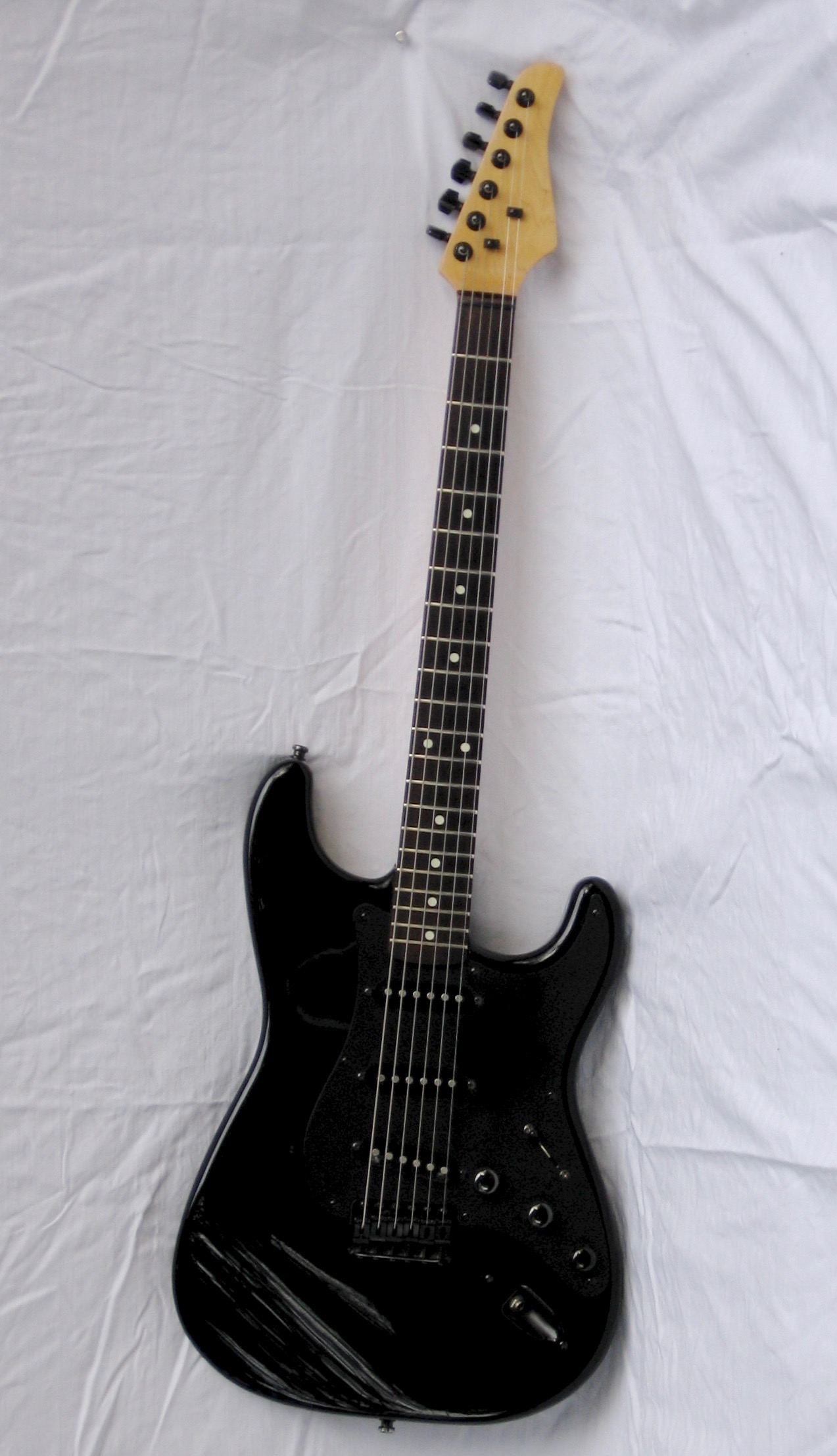Revisiting My Old Black Stratocaster